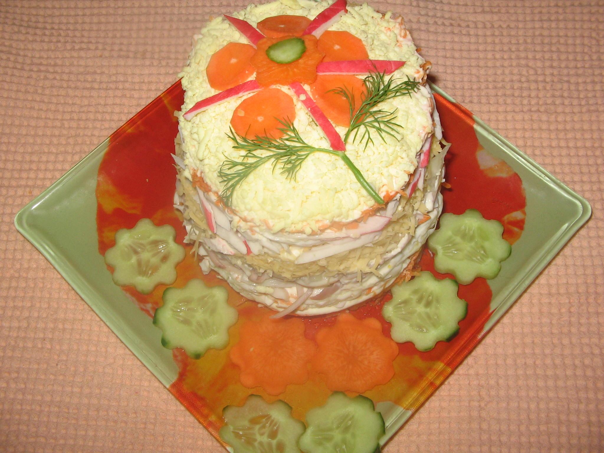 Салат с икрой и кальмарами и крабовыми палочками рецепт с