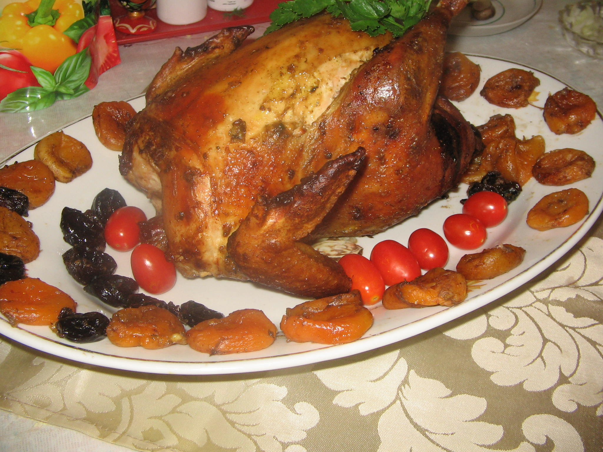 Куриные грудки с черносливом в духовке рецепт
