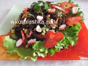salat-iz-morskoy-kapustyi-s-krabovyimi-palochkami